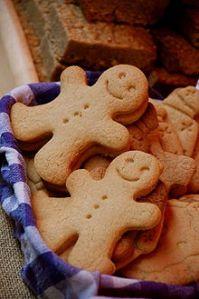 220px-Gingerbread_men