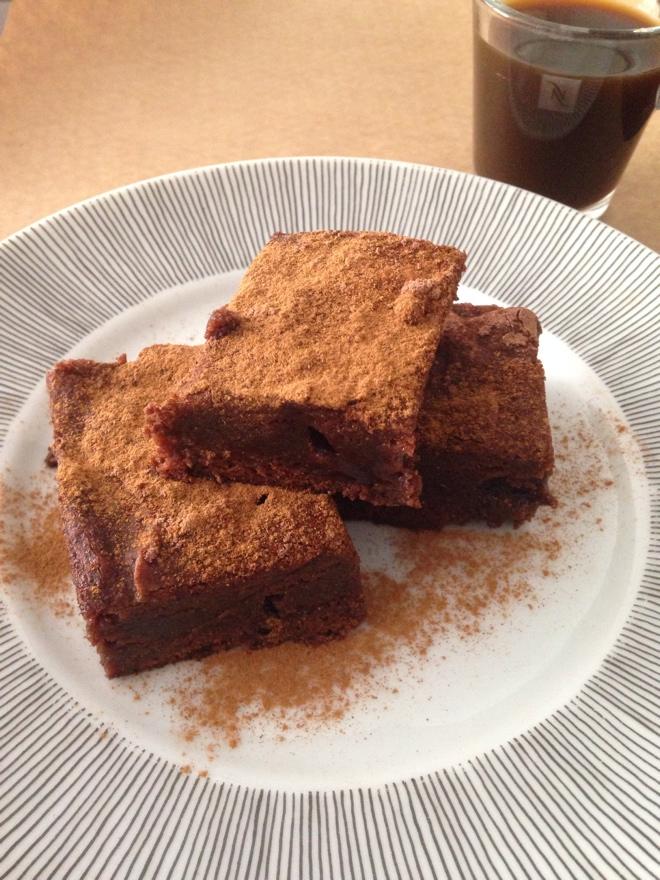 Brownie de Capuccino sem glúten e sem lactose (VEGAN)